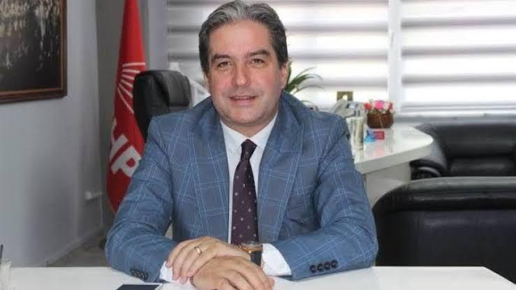 """Çakar: """"MHP İlçe Başkanı Okur önce siyaset öğrensin"""""""