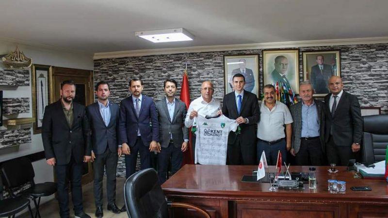 Başkan Kurt'a Kocaelispor'dan ziyaret