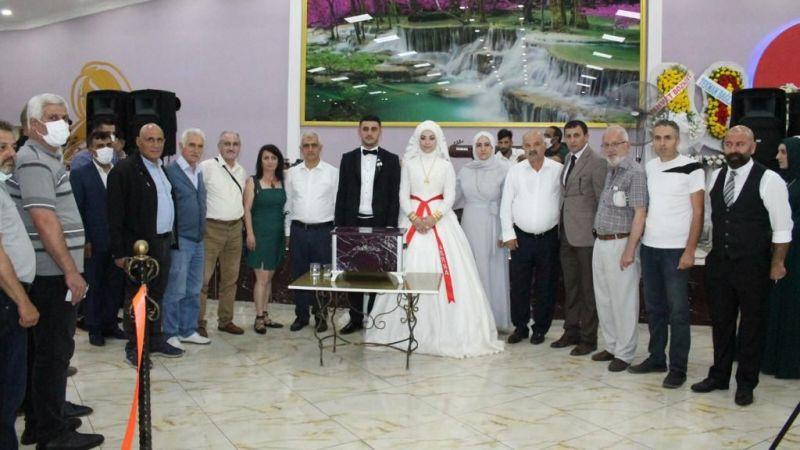 İbrahim Ergin oğlunu evlendirdi