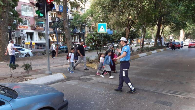 Okullar açılıyor: Büyükşehir zabıtası teyakkuz halinde olacak