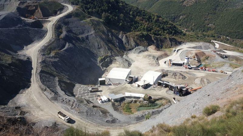 4 yıl önce kapatılan Halıdere'deki taş ocağı yeniden açıldı
