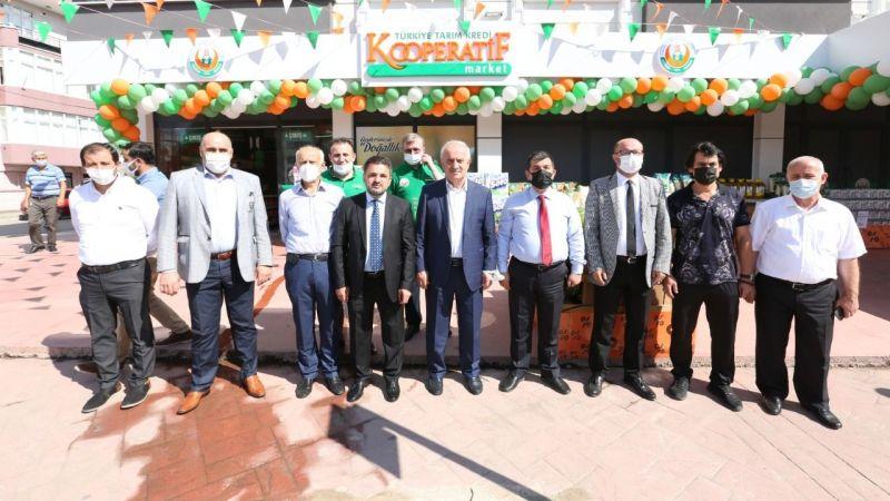Derince'de Tarım Kredi Kooperatifi marketi açıldı