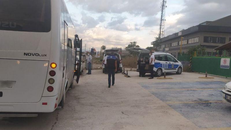 Kocaeli'de korsan servis araçları trafikten men edildi