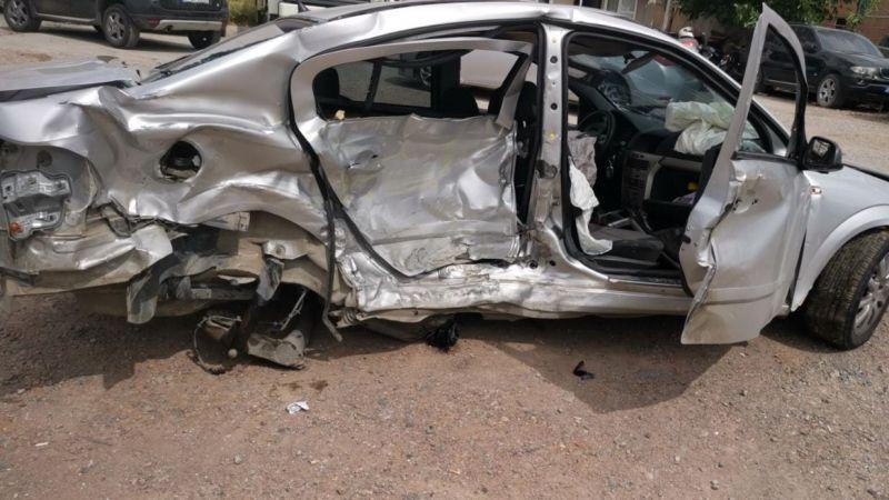 Zincirleme kazada 3 araç birbirine girdi: 1 ölü, 2 yaralı