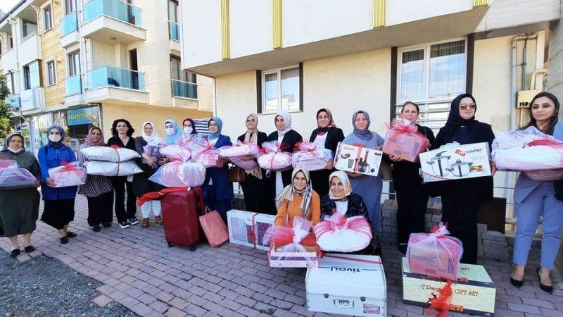AK Kadınlar'dan çeyiz desteği