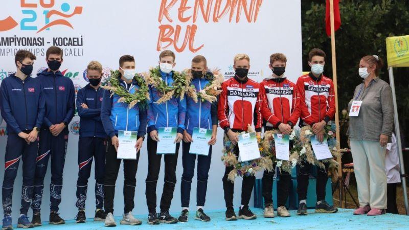 Gençler Dünya Oryantiring Şampiyonasında kazanan İsveç