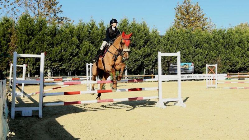 Kocaeli Atlı Spor'a Büyükşehir desteği