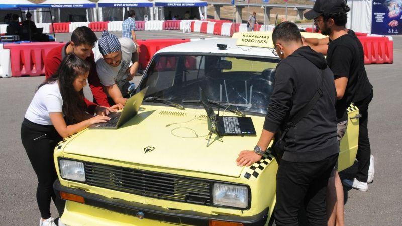 1989 model Serçe'yi, sürücüsüz taksi yaptılar