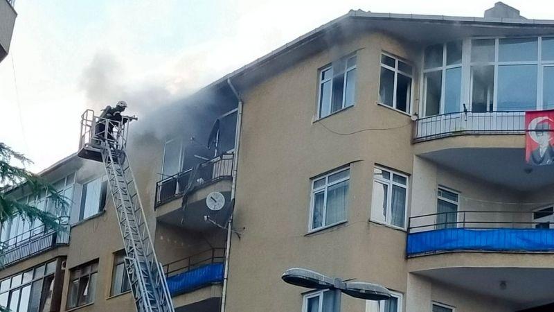 4 katlı binada korkutan yangın