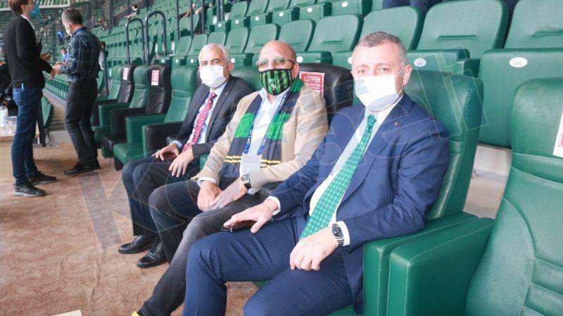 Büyükakın, Kocaelispor'a destek için stadyumda