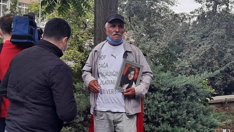 Kızı HDP'liler tarafından dağa kaçırıldı, genel merkezin kapısına dayandı