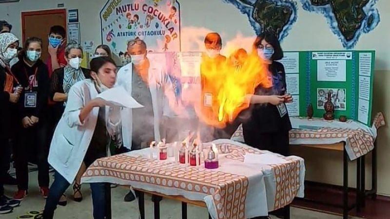 Atatürk Ortaokulu'nda geleneksel bilim fuarı