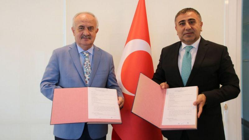 Derince Belediyesi ile TÜBİTAK MARTEK arasında protokol imzalandı