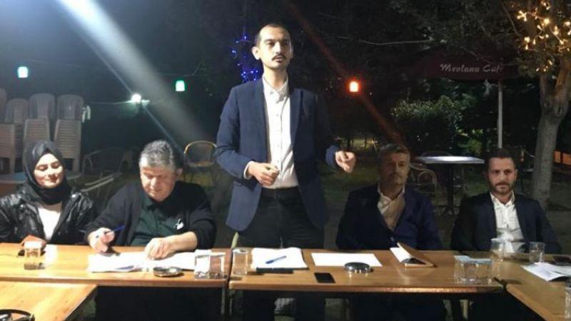 AK Parti İzmit'te gövde gösterisi! Yüzlerce partili aynı anda mahalle toplantısı yaptı