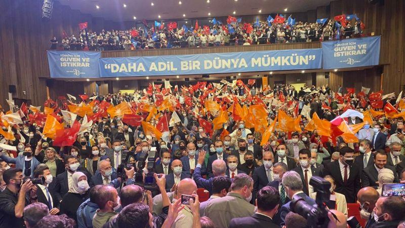 AK Parti'de tarihi danışma
