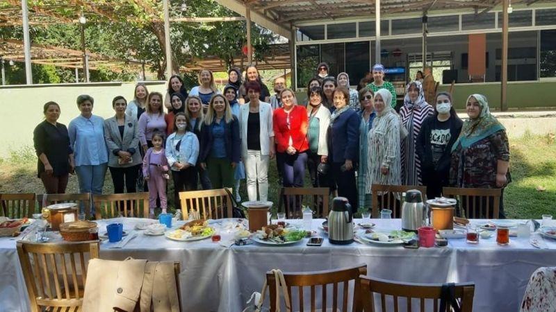 İYİ Partili kadınlar çalışmaları konuştu