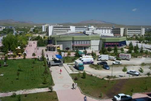 Konya'da burs veren kurumlar