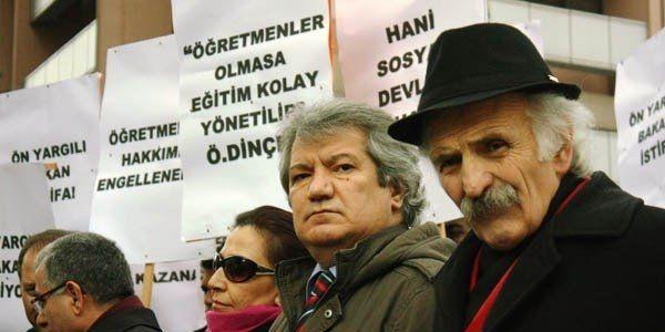 Engelli öğretmenler MEB önünde protesto yaptı