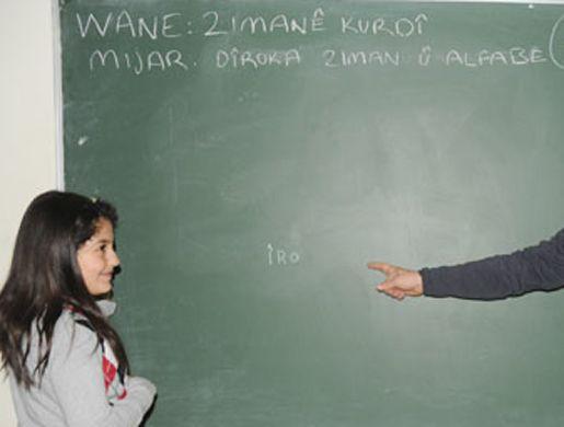 Çözüm Süreci Dahilinde Kürtçe Öğretmenlerin Ataması Yapılacak