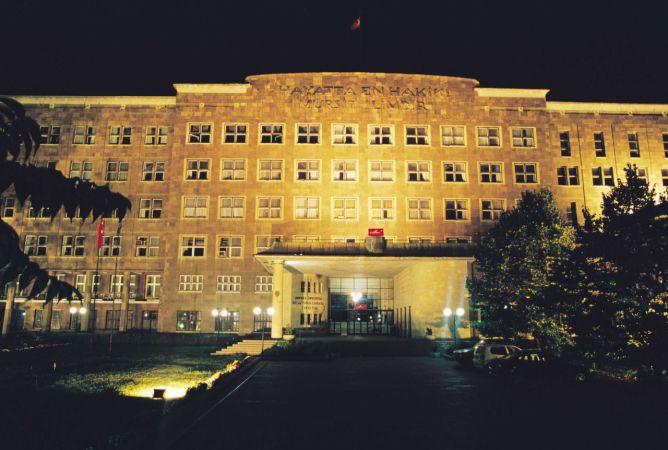Ankara Üniversitesi'nde Eğitim Durdu