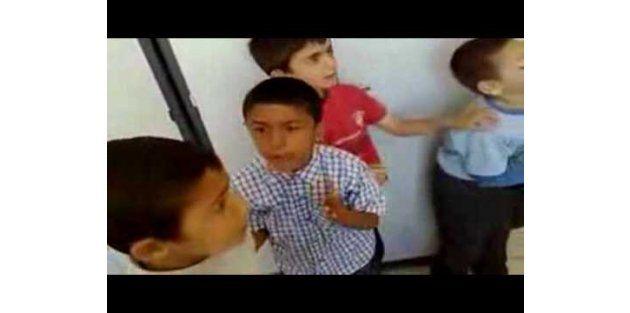 Öğrencisinin videosunu internetten yayınlayan öğretmen yandı