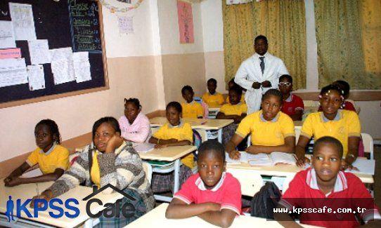 Orta Afrika Cumhuriyeti, Eğitimde Türk Okullarına Minnettar
