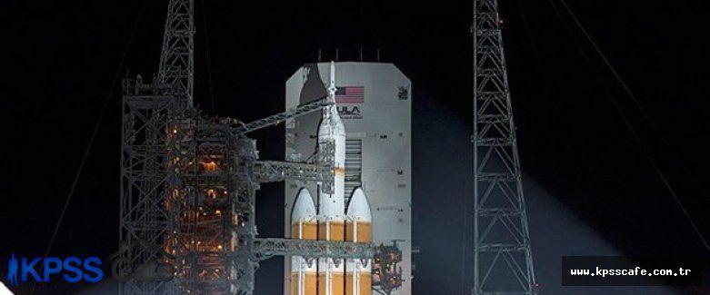 2 astronot 1 yıllığına uzaya gönderildi
