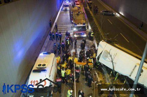 Halk Otobüsü Köprüden Düştü: 1 Ölü 12 Yaralı