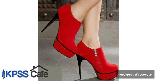 Topuklu Ayakkabının Verdiği Zarar Çok Büyük
