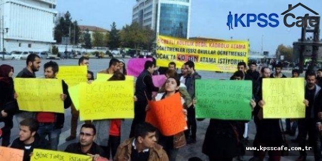 Ataması yapılmayan öğretmenlerden Ankara'da protesto