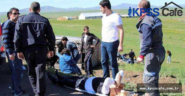 Sivas'ta Otobüs Kazası 50 Kişi Yaralı !