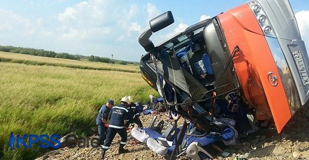 Rusya'da iki otobüs çarpıştı: 16 ölü