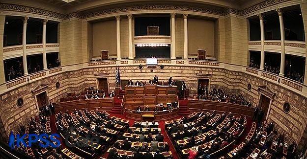 'Üçüncü Kurtarma Paketi' parlamentodan geçti