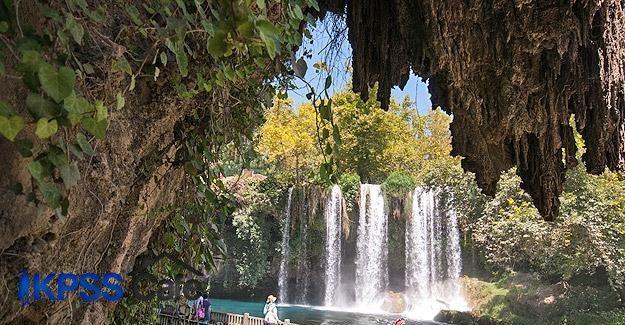 Düden Şelalesi'ne Arap turist ilgisi