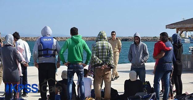 Yunanistan'a geçmeye çalışırken mahsur kaldılar