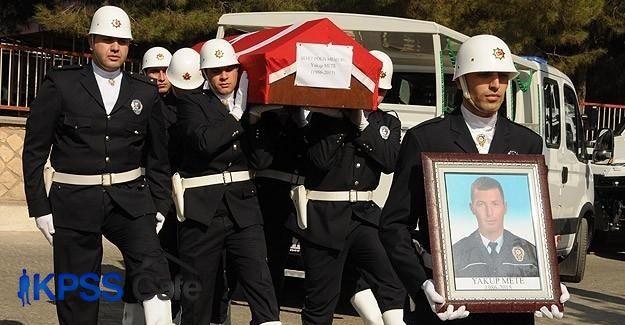 Şehit polis memuru Mete'nin cenazesi toprağa verildi