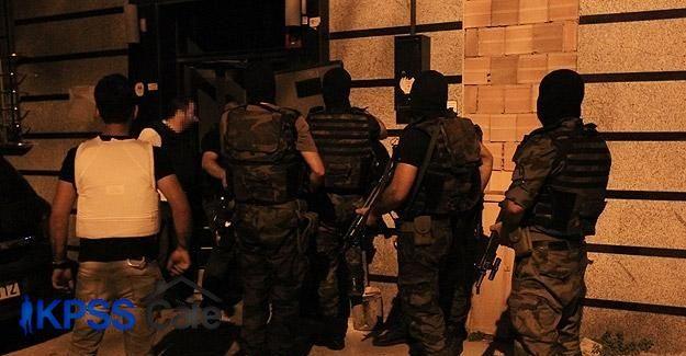 İstanbul'da 400 polisle 90 adrese uyuşturucu operasyonu