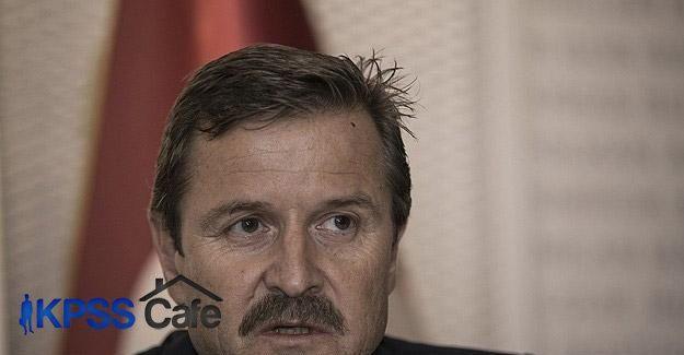 Galatasaray'da Cüneyt Tanman istifa etti
