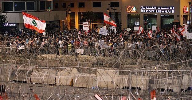 Lübnan'da protestoculardan günlük süre