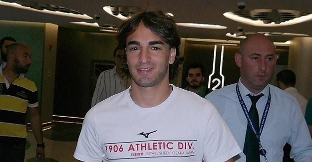 Markovic resmen Fenerbahçe'de