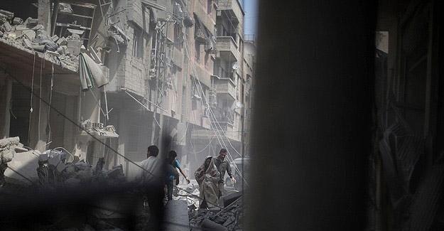 Suriye'de sivil yerleşim yerleri bombalandı