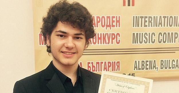 Suriyeli 'müzik dehası' uluslararası yarışmada birinci oldu
