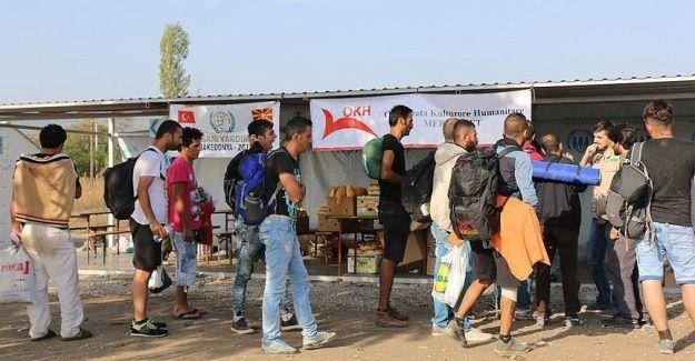 İHH'dan 'umut yolcularına' yardım