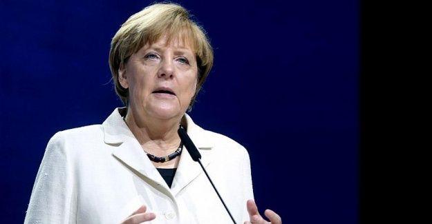 Merkel sığınmacı krizi için ABD'den yardım istedi