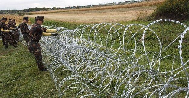 Macaristan-Slovenya sınırına tel örgü çekiliyor