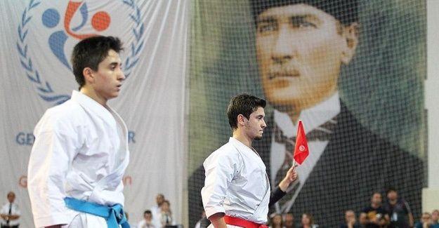 Milli karateci Sofuoğlu dünya şampiyonluğuna kilitlendi