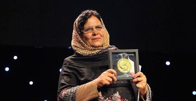 Afgan öğretmen Nansen Mülteci Ödülü'ne layık görüldü