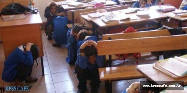 41 Okula Yıkım Raporu Verildi Fakat Eğitim Yapılıyor