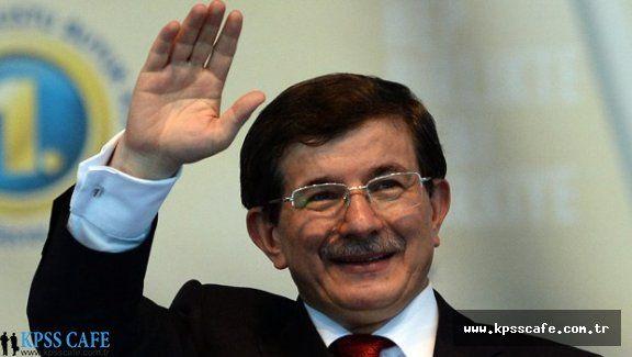 Ahmet Davutoğlu'ndan Öğrencilere Coğrafya Dersi!