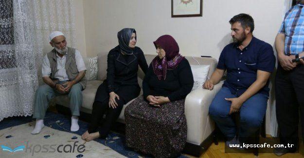 Bakan Kaya Demokrasi Şehitlerinin Ailelerini Ziyaret Etti